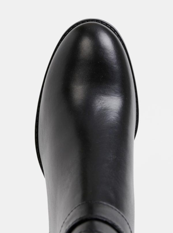 Čierne kožené kotníkové topánky Tamaris