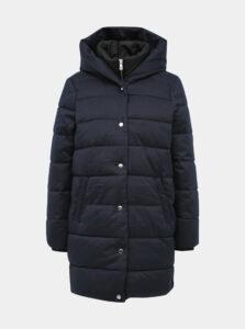 Tmavomodrý prešívaný kabát ONLY Vikki