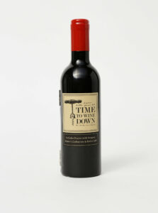 Čierna sada na víno v tvare fľaše CGB