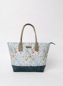 Biela kvetovaná kabelka Brakeburn Medow