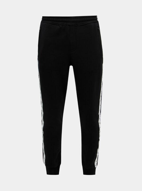Čierne pánske tepláky s pásom Calvin Klein Jeans