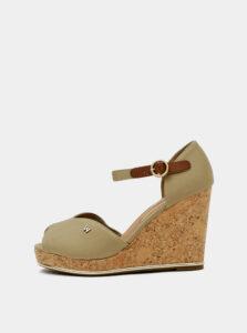 Béžové dámske sandálky na plnom podpätku Wrangler